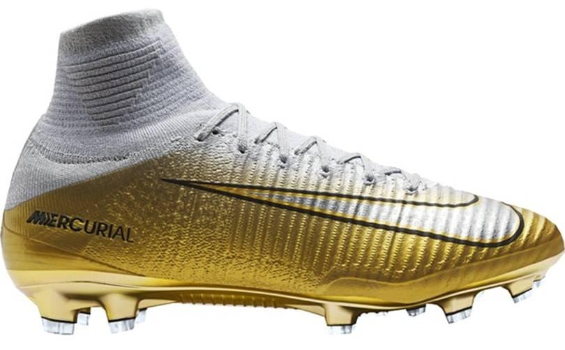 Nike et Adidas se partagent le podium des chaussures de foot les ...