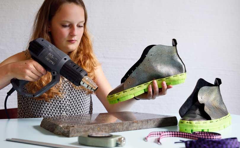 La En Fabrication De 3d Image Chaussures Tricotées Imprimées Et qH5Hxv