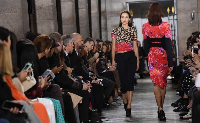 Fashion week Paris: Paco Rabanne disco, Carven métissé