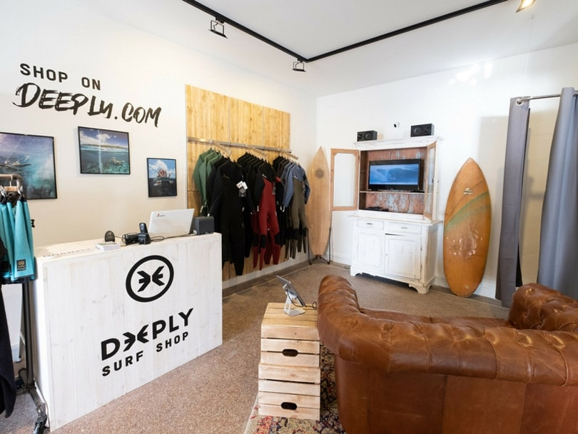Le label surf Deeply ouvre deux points de vente en France