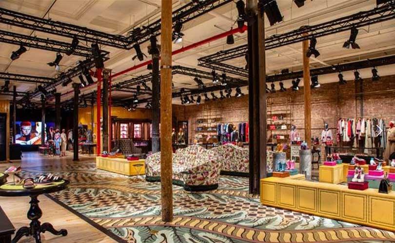316d6e3e1c7a1 Après l ouverture du Gucci Garden à Florence en début d année, la maison  italienne présente le Gucci Wooster. Il s agit d un espace de créativité où  les ...