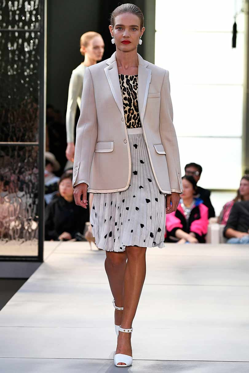 ​Fashion Week: Burberry, un cure de jouvence nommée Riccardo Tisci