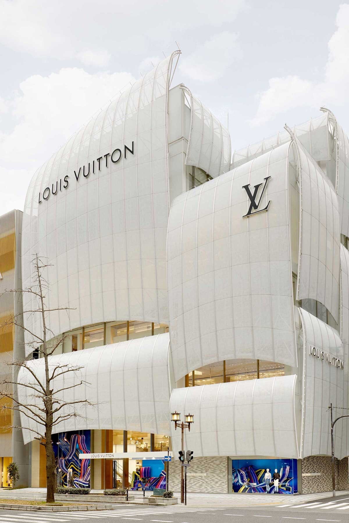 En images : le premier restaurant Louis Vuitton