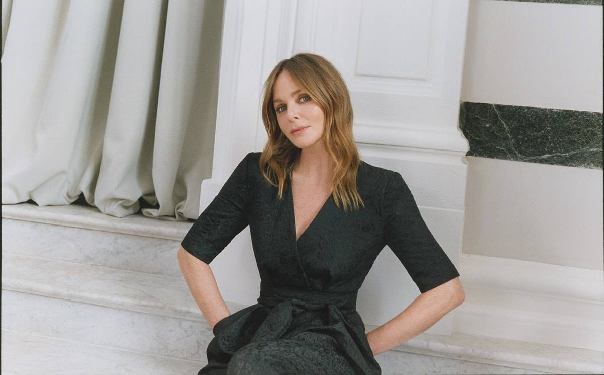 Stella McCartney signe une collection capsule pour Mytheresa